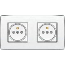 Dubbel stopcontact horizontaal met penaarde en kinderveiligheid, inbouwdiepte 21mm, sokkel en afwerkingsset, incl. afdekplaat White