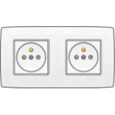 Dubbel stopcontact horizontaal met penaarde en kinderveiligheid, inbouwdiepte 28,5mm, sokkel en afwerkingsset, incl. afdekplaat White